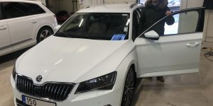 Skoda Superb Laurin&Klement Rootsist